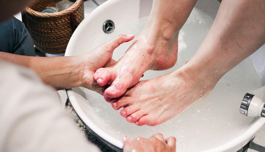 Jaens Spa Ubud - Manicure & Pedicure 2