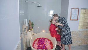 Jaens Spa - Couple Flower Bath 45