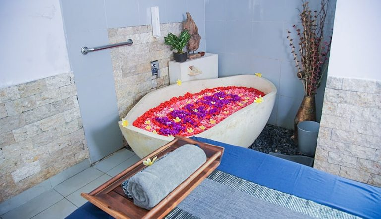 Jaens Spa - Flower Bath Decoration 58