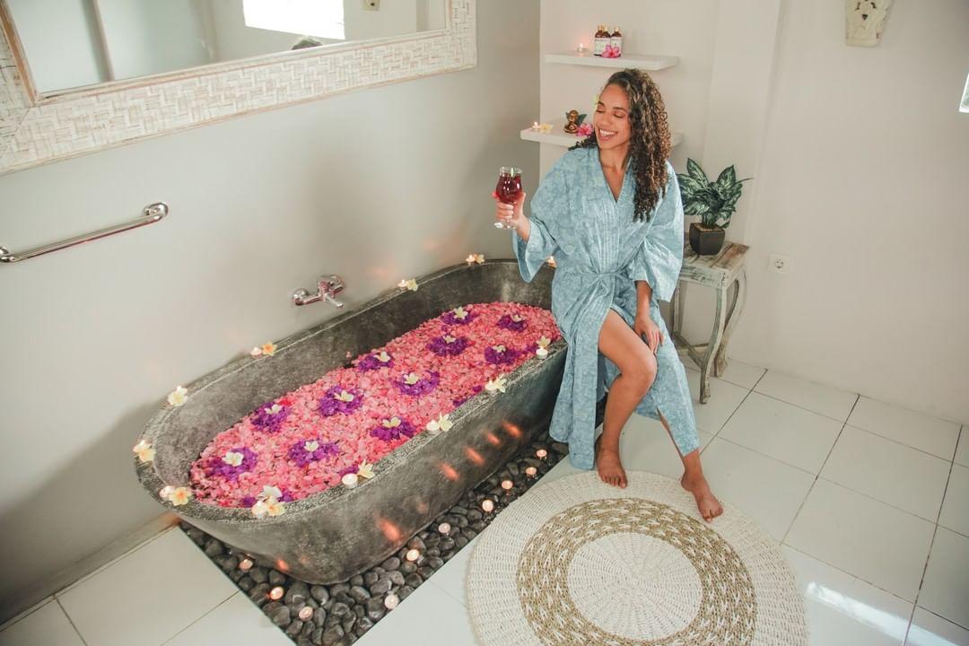 Jaens Spa - Jasmine Miller Wine